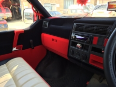 T4 interior parts flocked in red and black